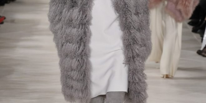 Модные меховые жилетки осень-зима 2019 2020