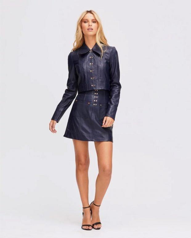 Модные юбки осень-зима 2019 2020: кожаная темно-синяя