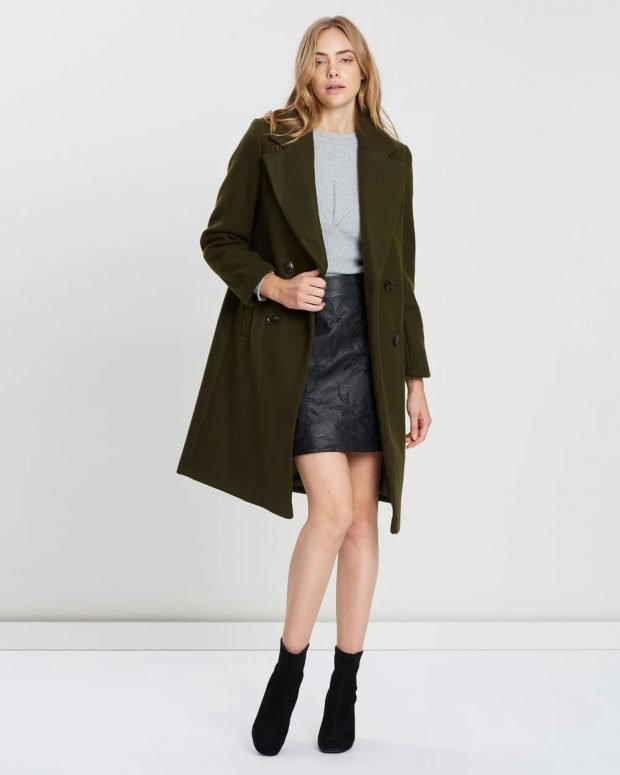Модные юбки осень-зима 2019 2020: черная с рисунком