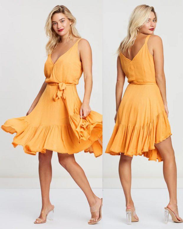 модные платья лето 2021: оранжевое миди