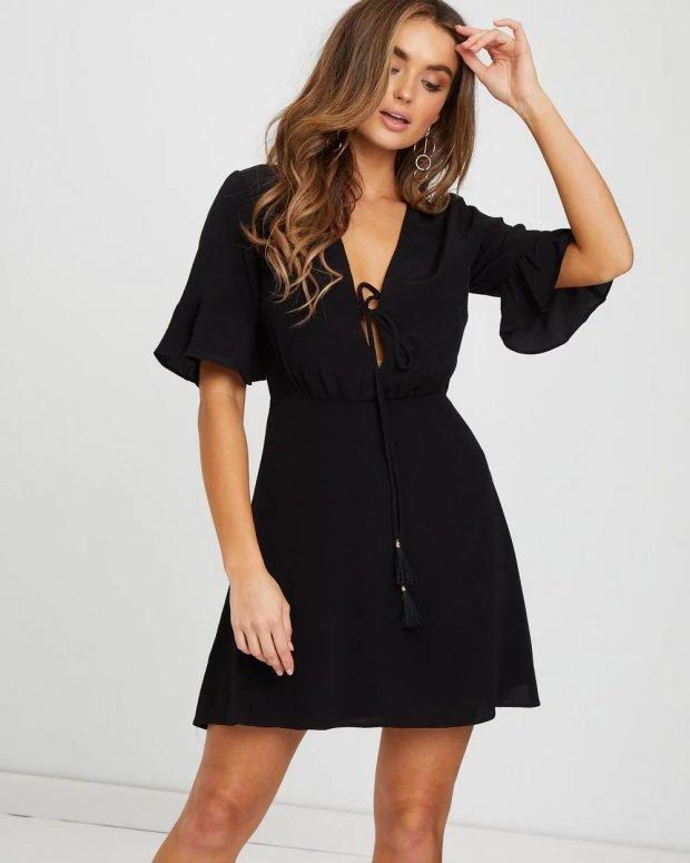 платья лето 2021: черное