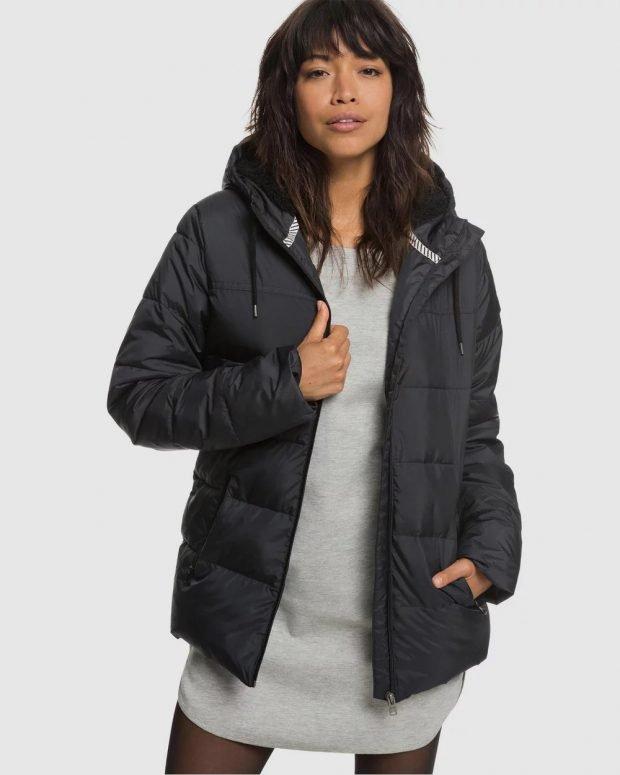 модные куртки осень зима 2019 2020: короткая серая пуховик