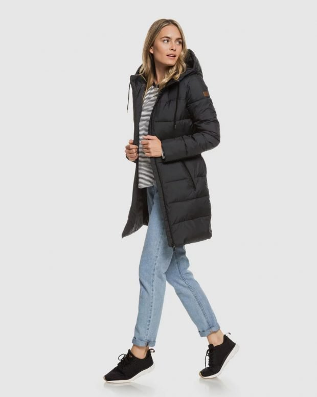модные куртки осень зима 2019 2020: темно-серый пуховик