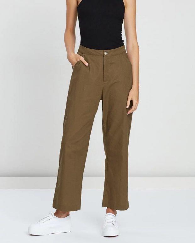 женские брюки осень зима 2019 2020: прямые хаки