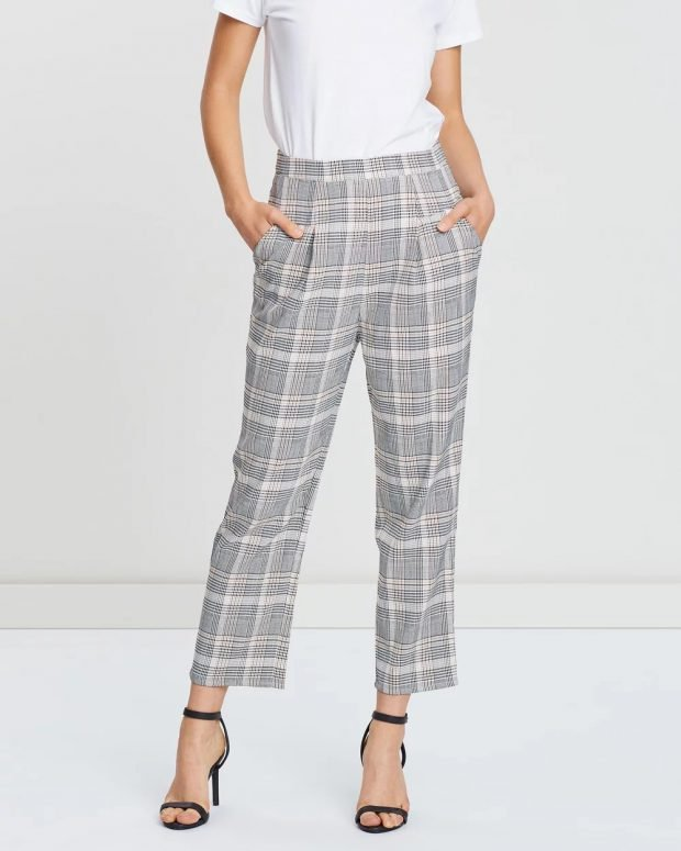 женские брюки осень зима 2019 2020: прямые в клетку
