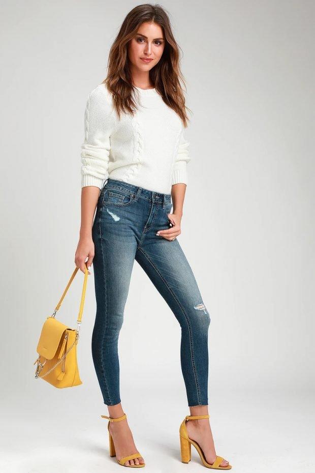 Женские джинсы: узкие синие рваные