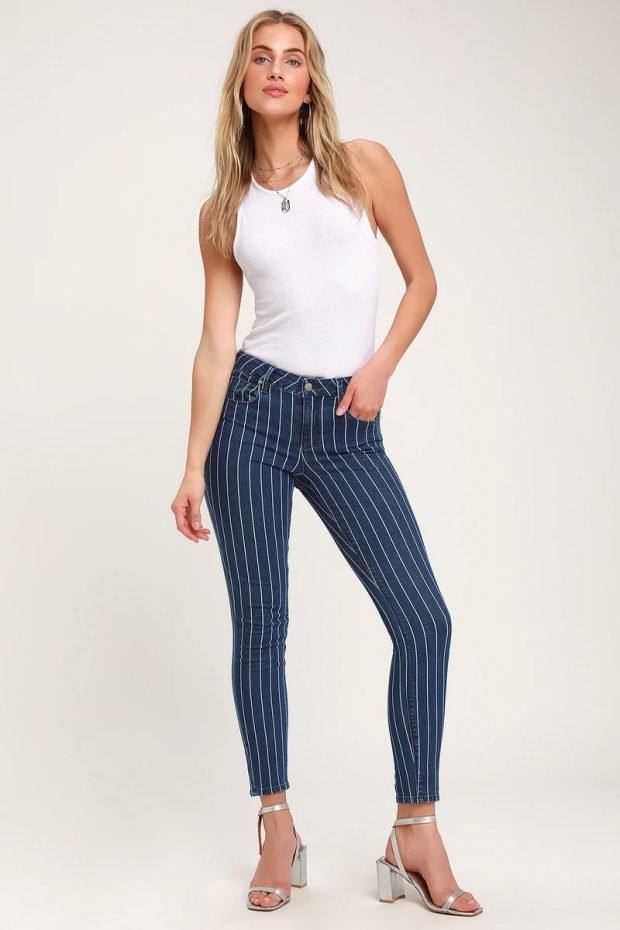 Женские джинсы: узкие полосатые синие