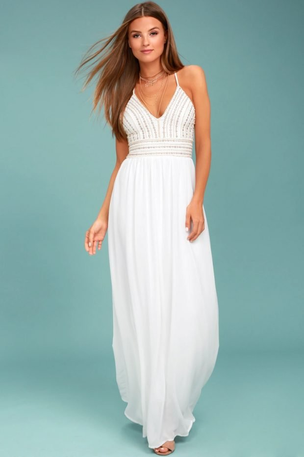 Нарядные платья 2020 2021: белое макси на лямках