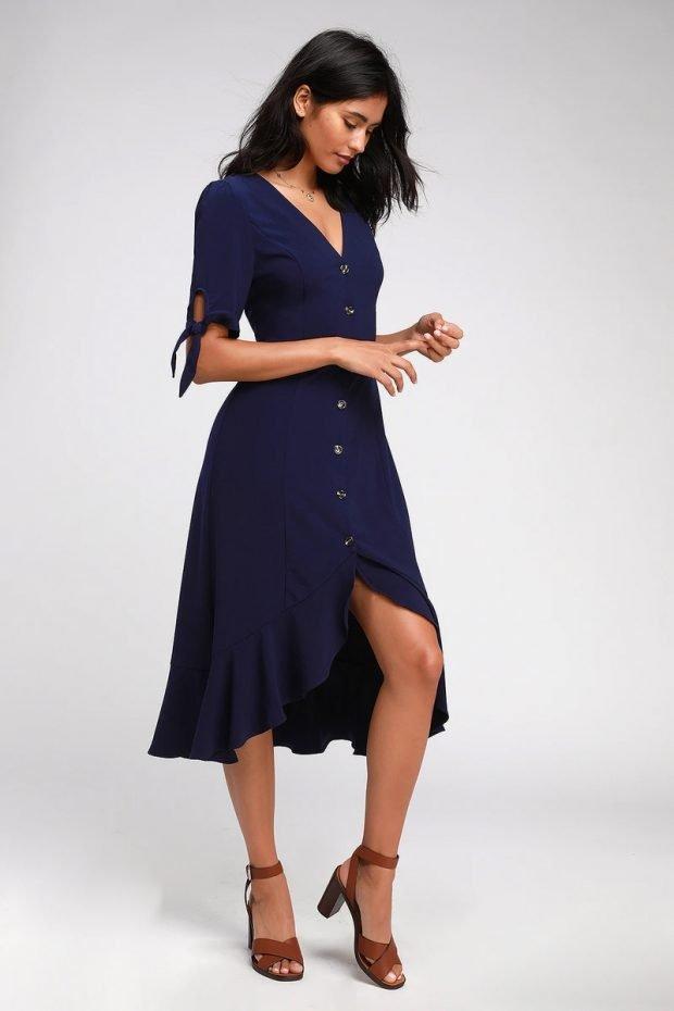 строгое платье 2019 2020: темно-синее короткий рукав