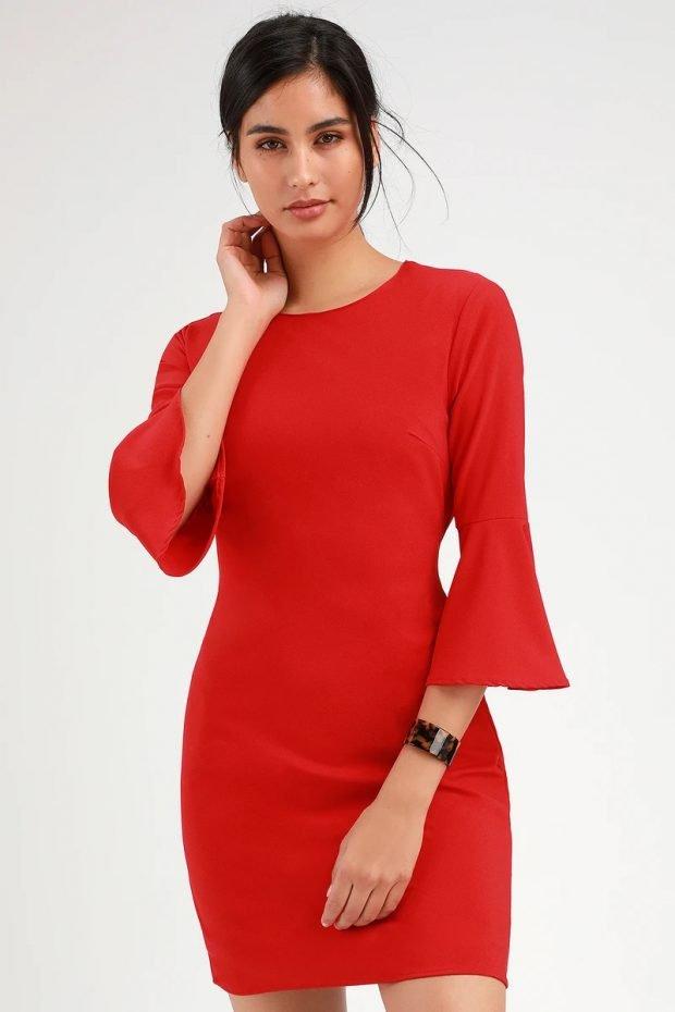 строгое платье 2019 2020: красное короткий рукав клеш