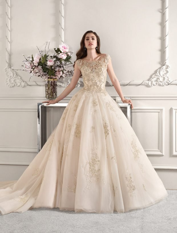 свадебное платье в греческом стиле: пышное ажурное