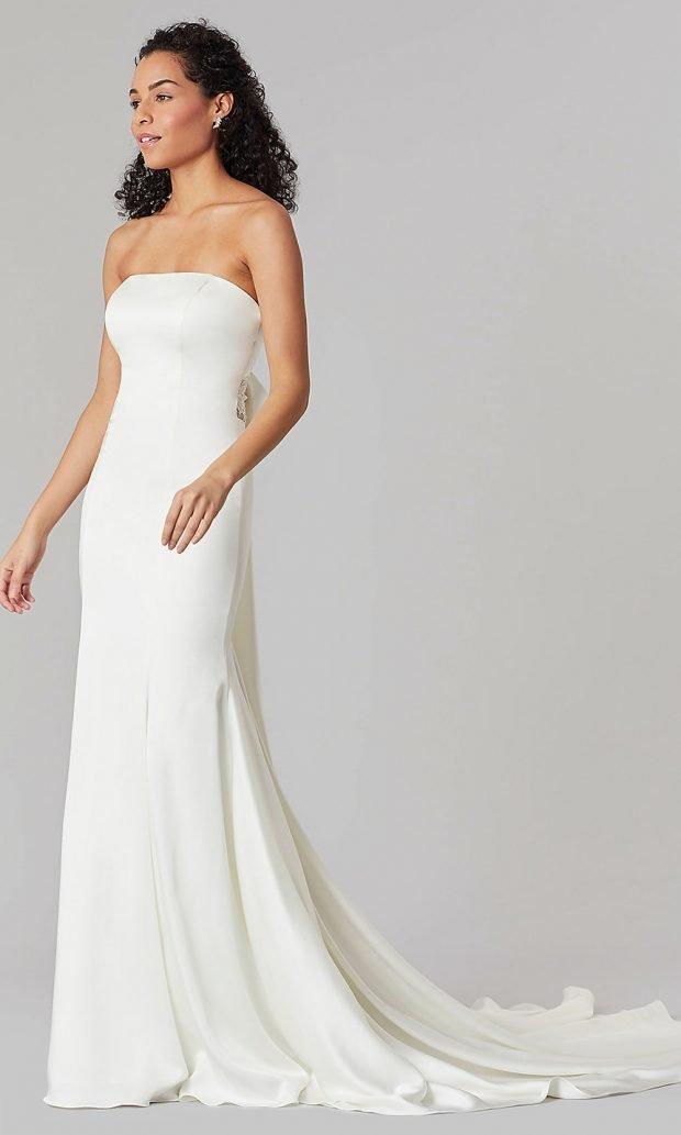 свадебные платья рыбка: атласное белое открытые плечи