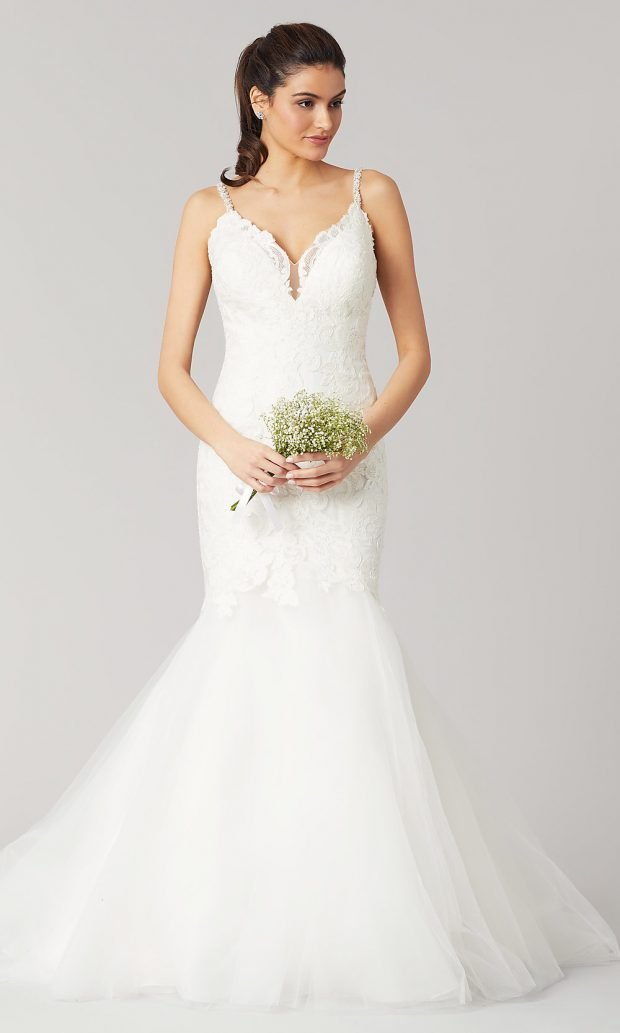 свадебные платья рыбка: кружевное белое на лямках