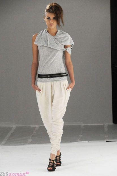 с чем носить брюки белые галифе