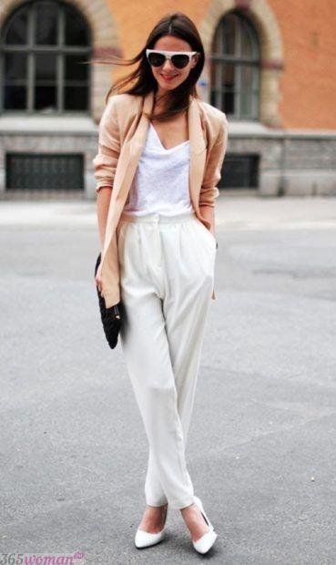 с чем носить белые брюки галифе