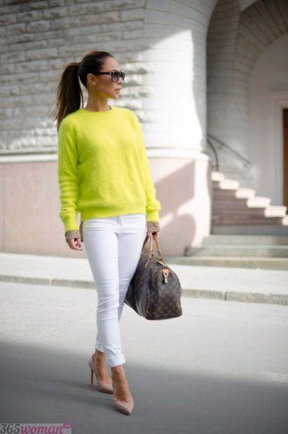 с чем носить белые брюки узкие