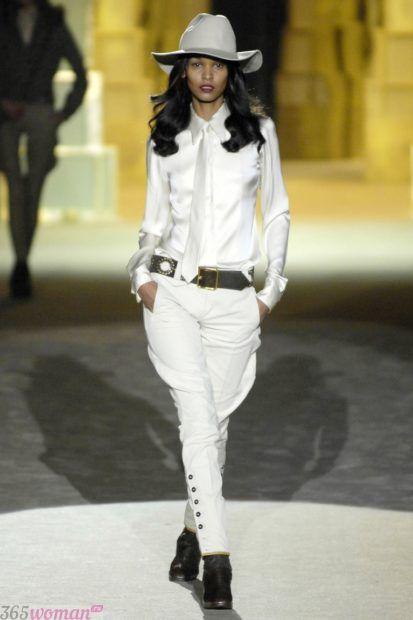 брюки галифе белого цвета