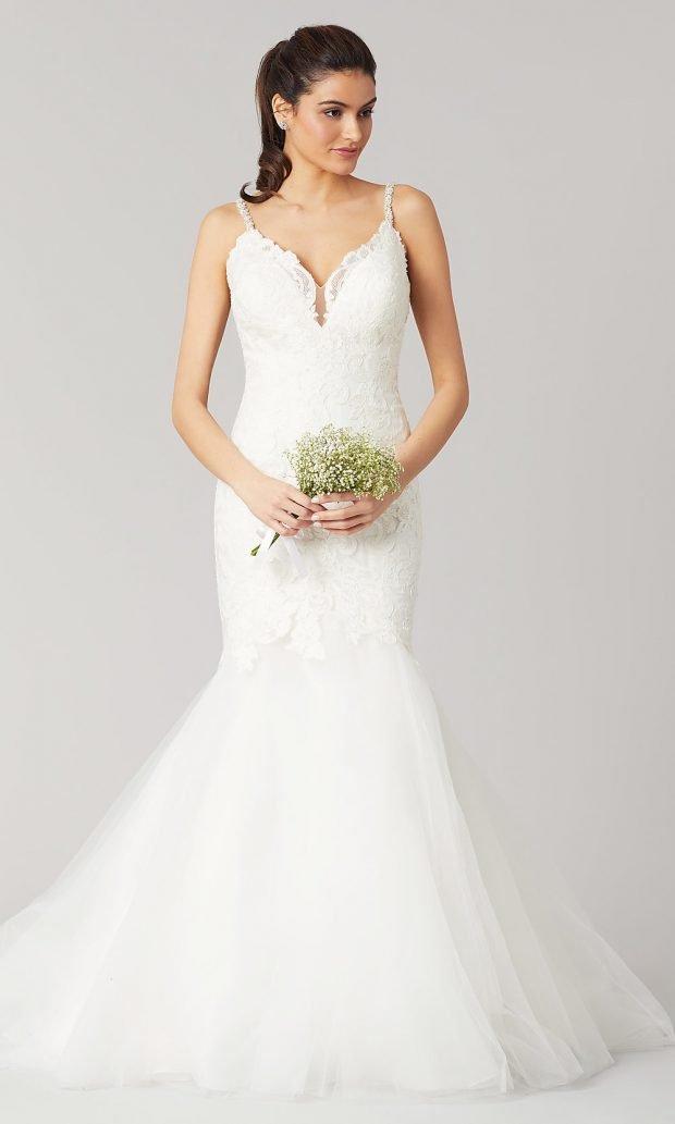 Длинные свадебные платья: белое на лямках длинное пышное