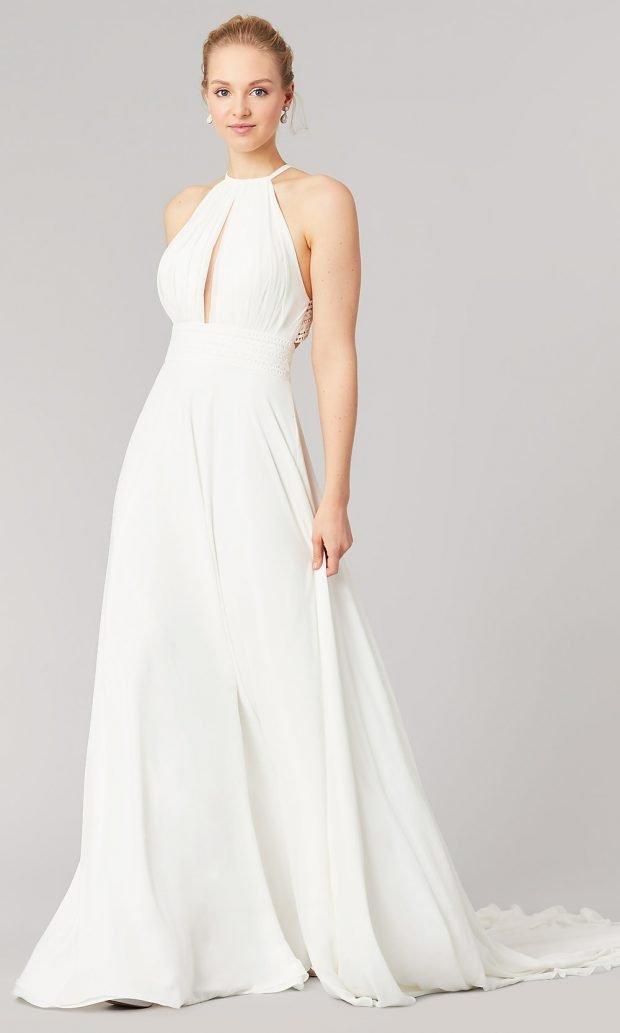 Длинные свадебные платья: белое длинное открытые плечи