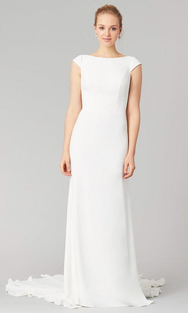 Длинные свадебные платья: белое длинное без выреза
