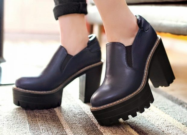 какие туфли в моде осень зима 2018 2019: на тракторной подошве