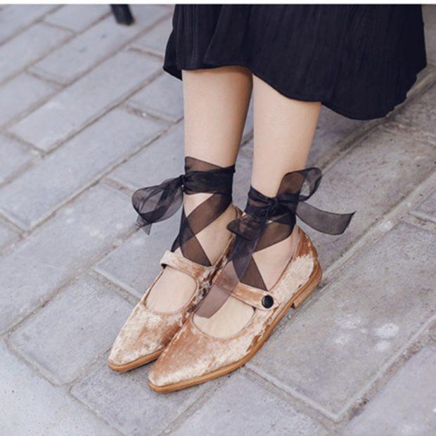 модные туфли осень-зима 2019 2020 со шнуровкой