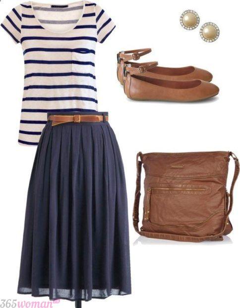 с чем сочетается синий цвет в одежде: с коричневым сочетание