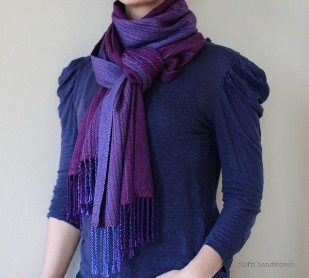 с чем сочетается синий цвет в одежде у женщин фото: фиолетовый сочетание