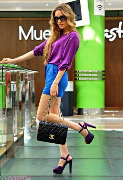 с чем сочетается синий цвет в одежде у женщин фото: сочетание с фиолетовым