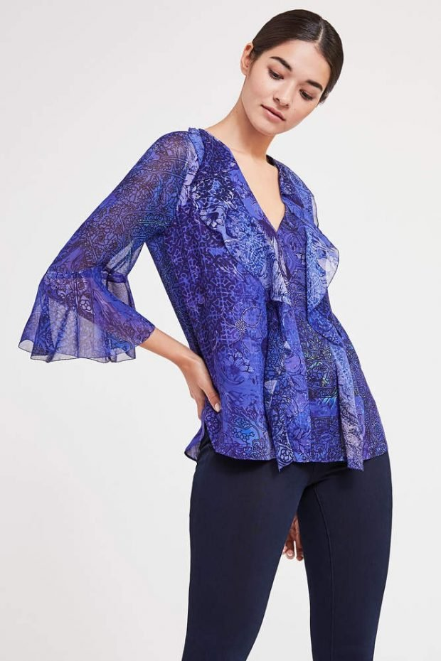 с чем сочетается синий цвет в одежде у женщин фото: с фиолетовым