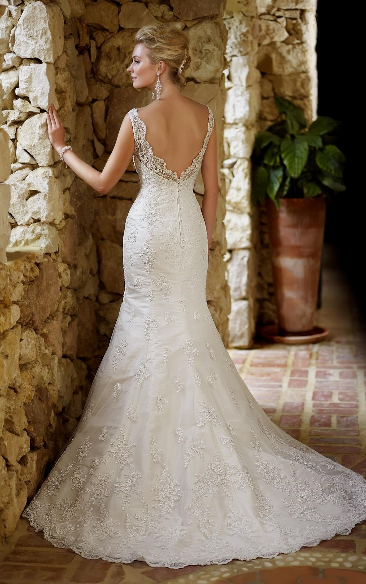 открытая спина в свадебных платьях