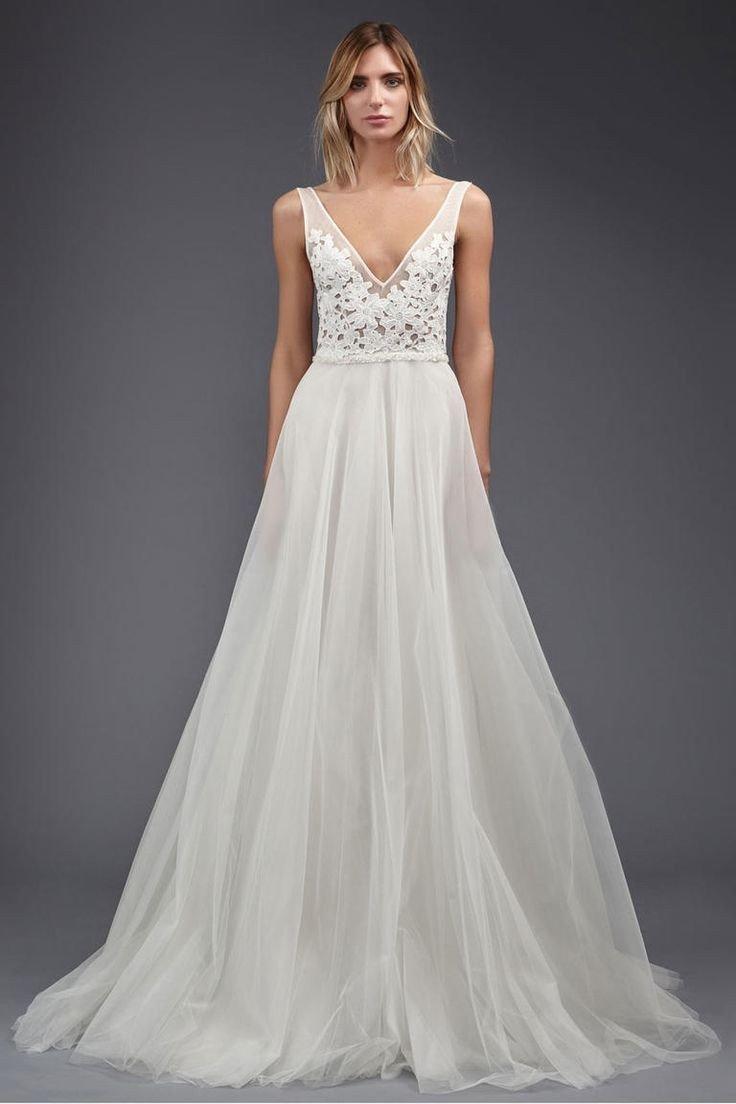Цвет свадебных платьев фото