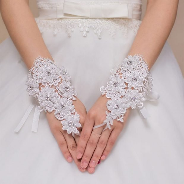 свадебные платья в пол: украшения для рук