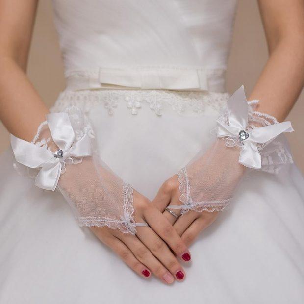 свадебные платья в пол: украшения