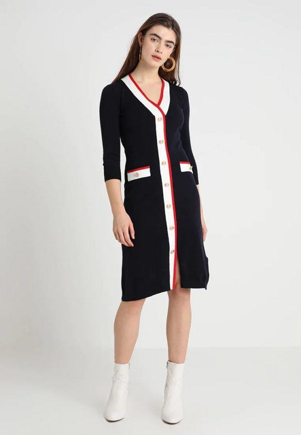 Вязаные платья крючком 2019 2020: черное с полосами