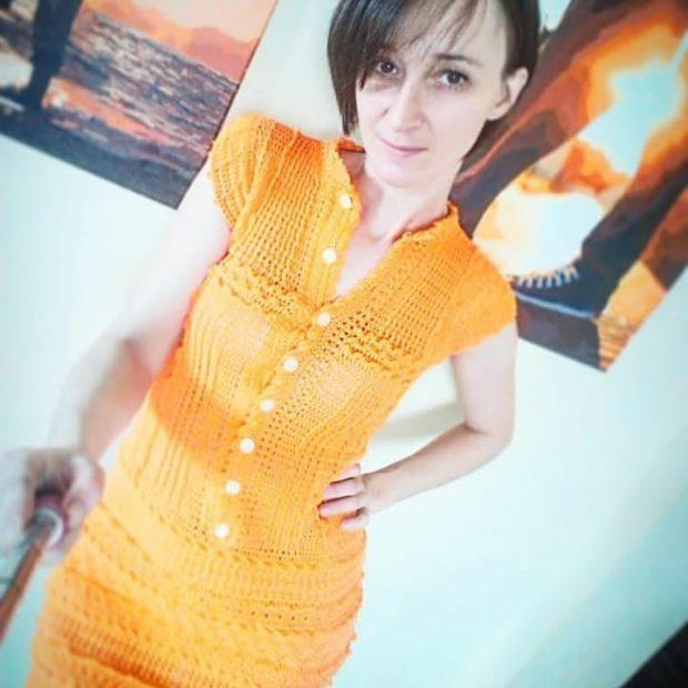 Вязаные платья крючком 2019 2020: оранжевое без рукава