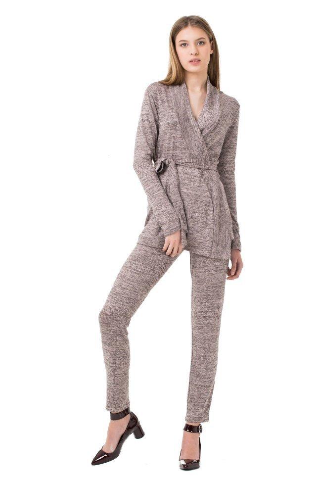 Модный женский вязаный костюм 2018