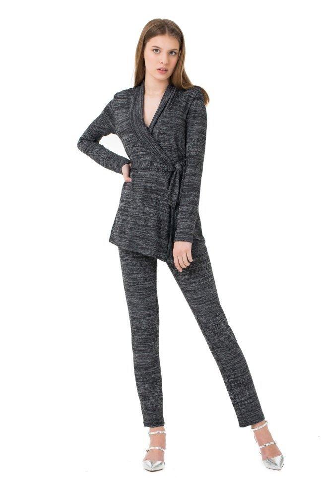 Модный женский вязаный костюм 2018 года темно-серый