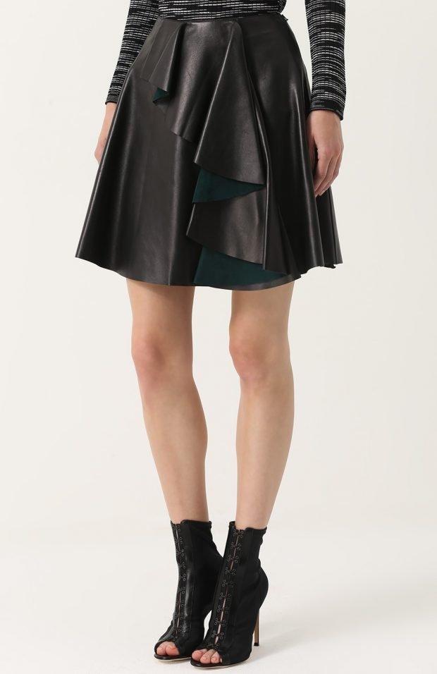 кожаная юбка с воланом для базового гардероба