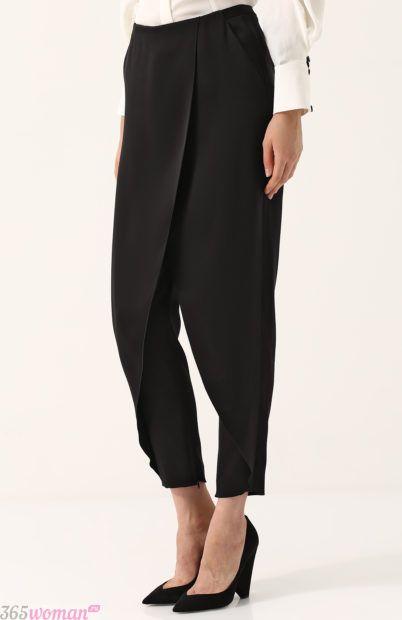 черные брюки с запахом для базового гардероба 2018