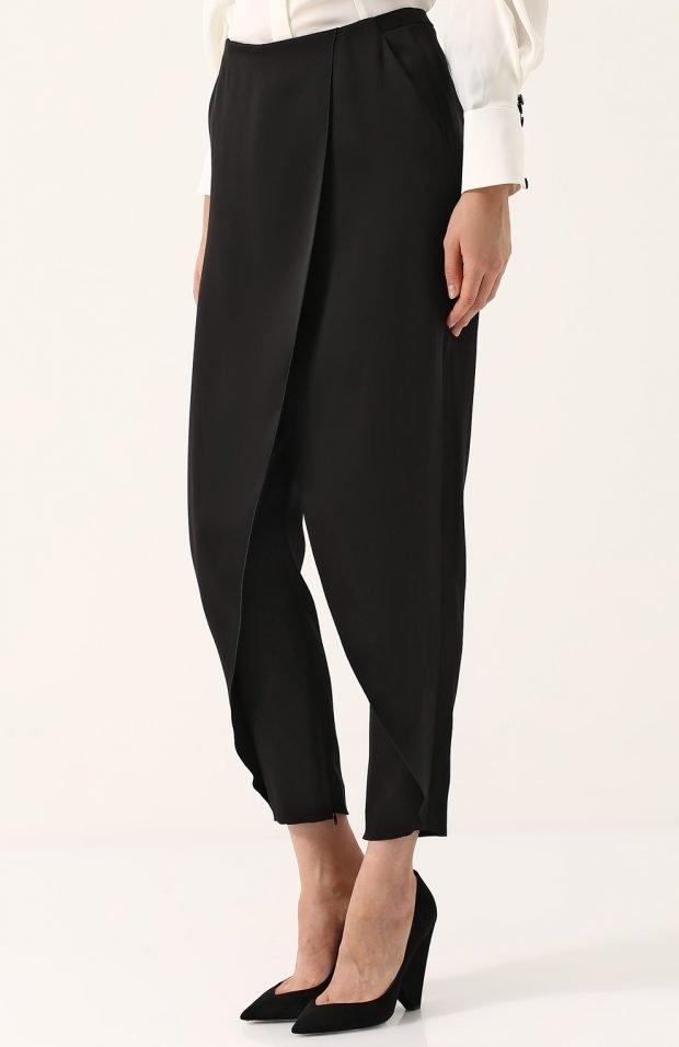 черные брюки с запахом для базового гардероба