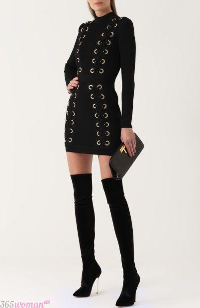 черное платье с декором для базового гардероба 2018
