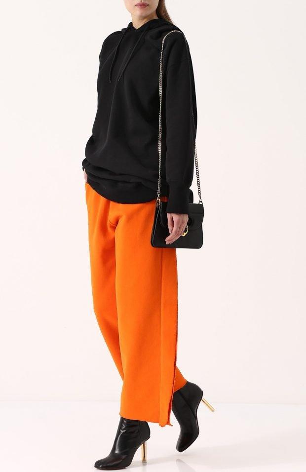 яркие широкие брюки для базового гардероба