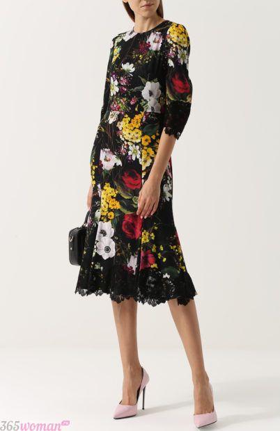 платье с цветочным принтом для базового гардероба 2018