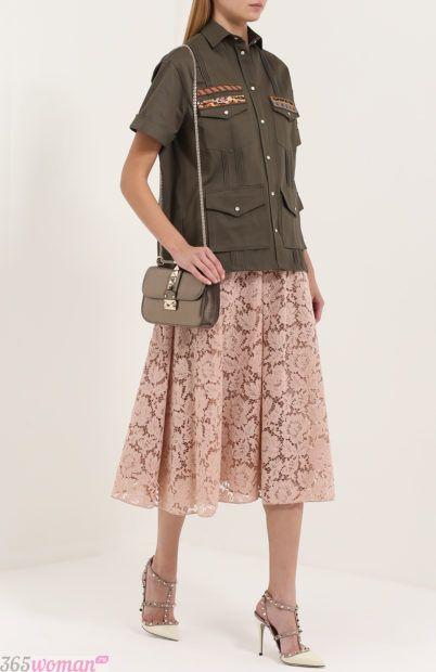 светлые туфли декор для базового гардероба 2018