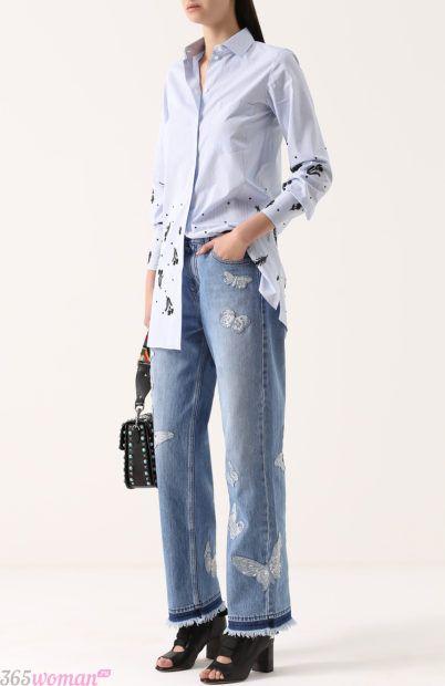 широкие голубые джинсы для базового гардероба 2018