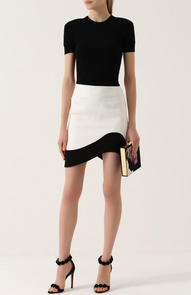 мини юбка белая с черными вставками для базового гардероба