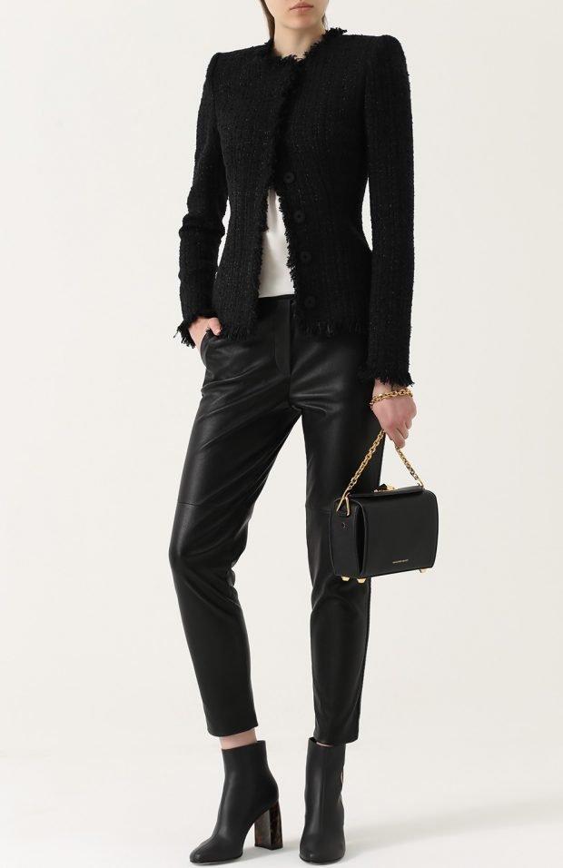 черная сумка в модном образе