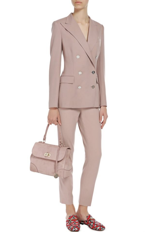 пиджак в пастельных тонах