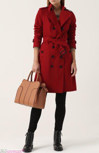 красное пальто с пуговицами для базового гардероба 2018